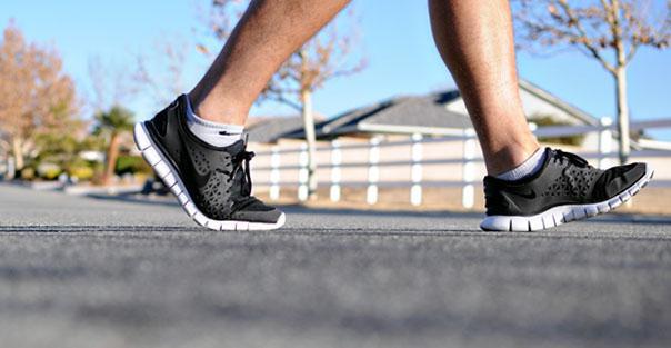 راهنمای انتخاب بهترین کفش پیاده روی