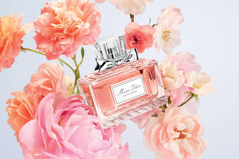 بررسی، مشاهده قیمت و خرید عطر (ادکلن) دیور میس دیور ادو پرفیوم (کریستین دیور میس دیور پرفیوم) Dior Miss Dior EDP اصل