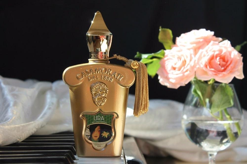 بررسی، مشاهده قیمت و خرید عطر (ادکلن) زرجف-زرژاف لیرا Xerjoff Lira اصل