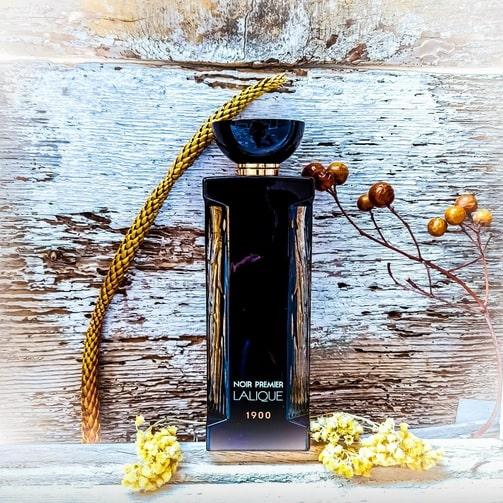 بررسی، مشاهده قیمت و خرید عطر (ادکلن) لالیک نویر پرمیر فلور یونیورسال (نواغ پریمیر فلیور یونیورسله) Lalique Noir Premier Fleur Universelle اصل